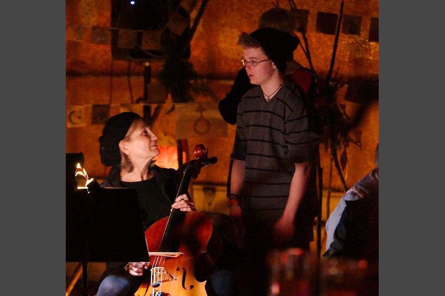 Elizabeth Efroymson-Brooks, cellist.
